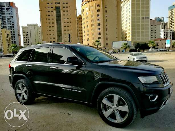 2014 Jeep Cherokee limited 5.7L V8, Bahrain Dealership