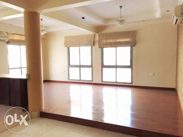 Fantastic 2 Bedroom SemiFurnished Apartment For Rent in Hidd