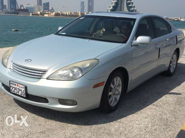 Lexus es300 for urgent sale
