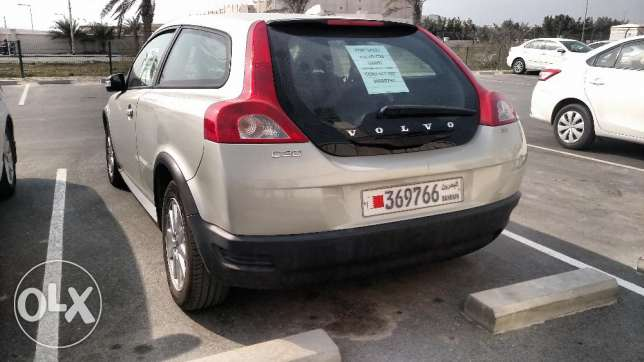 Volvo C30 hatchback 2009 (Dealer maintained) (excellent condition)