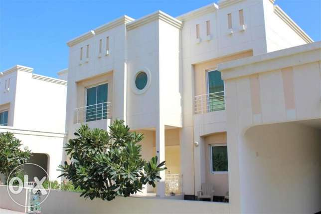 HMA9 4br Semi Furnished Nice Villa For Rent Close to British School