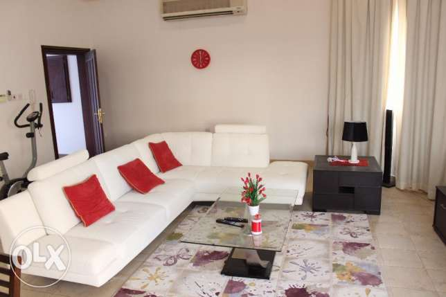 2 Bedroom fully furnished flat with swimming pool in Hidd