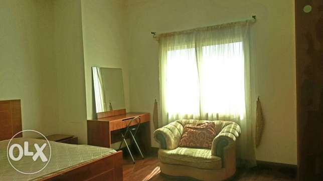 Fully furnished studio flat in juffair all inclusive bd 275