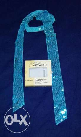 Nice present: Blue glitter scarf for ladies