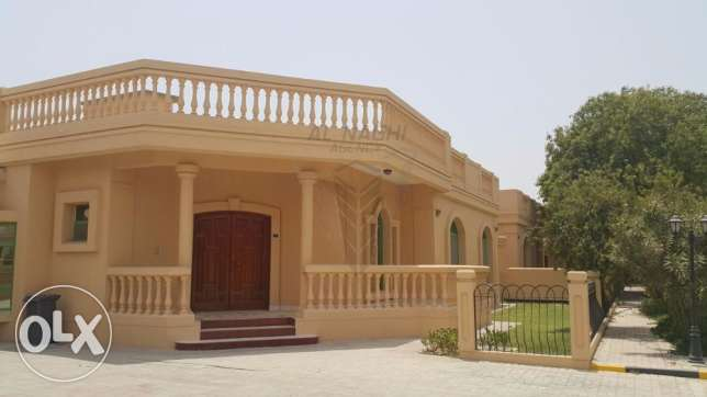 ELEGANT Semi Furnished 3 Bedroom Villa in Janabiya