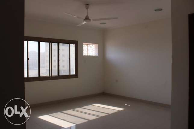 2 bedroom unfurnished apartment in New hidd/exclusive جفير -  4