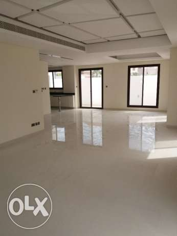 Semi furnished 4 Bedroom Villa for Sale near Saar mall