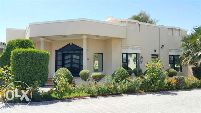 4br Brand new semi furnished villa for rent close to Saudi cause way