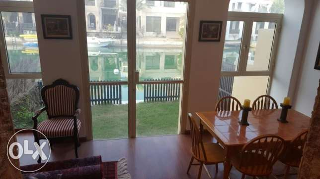 Flat for rent in floating city Amwaj inclusive
