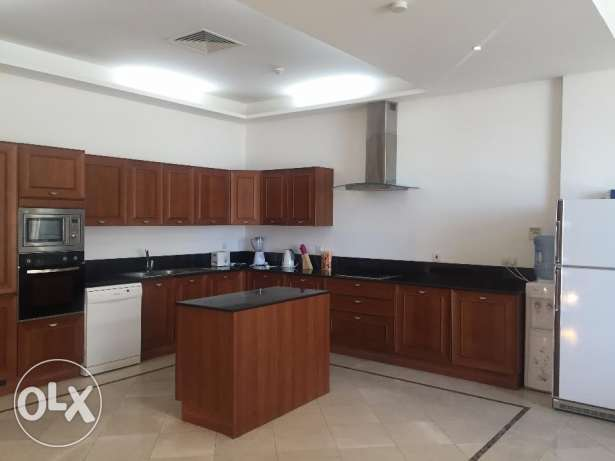 Duplex 3 Bedrooms Fully Furnished Apartment in Juffair