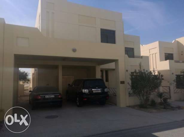 Splendid 5 bedroom free hold villa for sale at Riffa views
