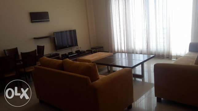 Nice 2 BHR flat in Seef, Balcony