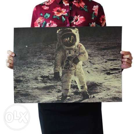 poster man on the moon بوستر