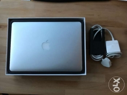 "MacBook Air 13"" Excellent Without a scratch (بحالة ممتازة)"