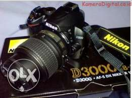 NIKON DSLR D3000 Camera With Full Box
