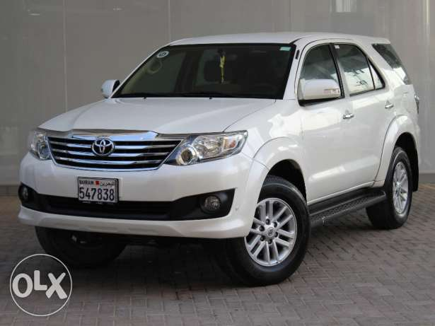 Toyota Fortuner 2.7L 2015 White For Sale