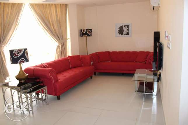 Beautiful 2 bedroom apartment in NEW HIDD/fully furnished جفير -  1