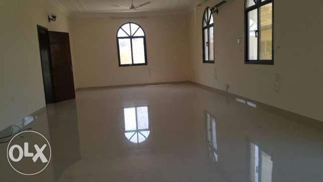 4 Bedrooms Semi Furnished VILLA in Janabiya for Rent جانبية -  4