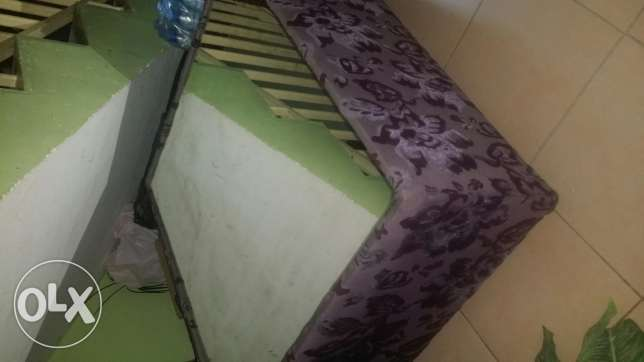 8 seater sofa set with 2 centre table for sale in very good condition