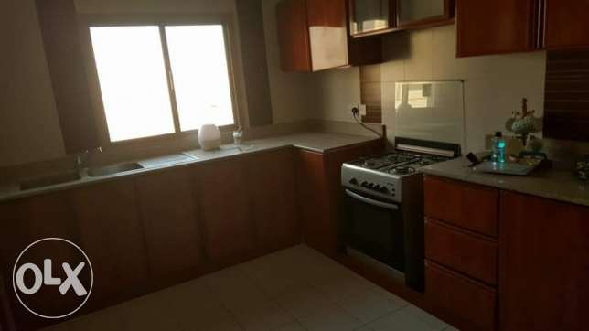Hidd: 2 bedrooms unfurnished & semi furnished flat for rent