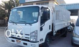 For sale Isuzu truck (model 2015 under warranty)