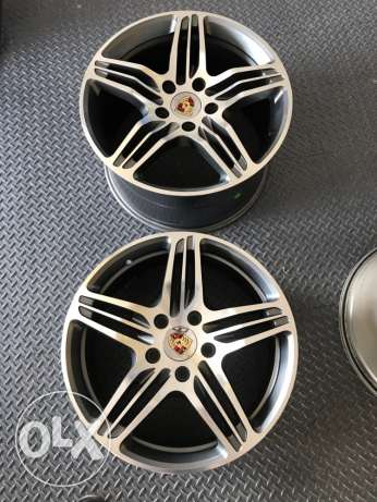 Rim for porshe brand new