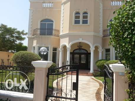luxury villa semi furnished with pool saar