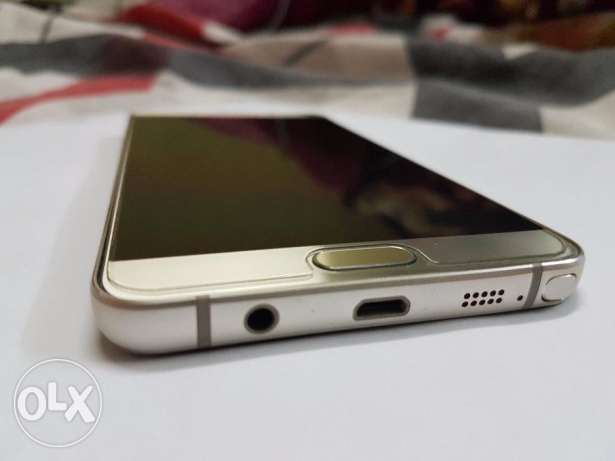 Samsung Note 5 (Gold Color)