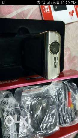 PROJECTOR mobile withe dual-SIM