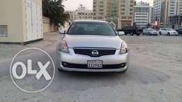 Nissan Altima model 2008 urgent sale