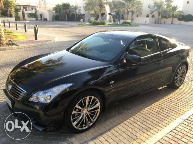 INFINITI Q60S - brand new condition - one expat owner from new