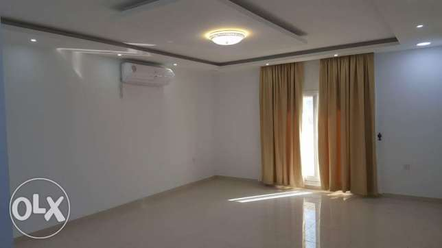 3 bedrooms semi furnished new flats for rent in new hidd area