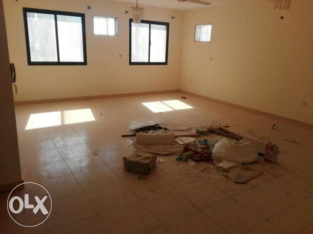 Flat for rent in Juffair unfurnished 350 BD