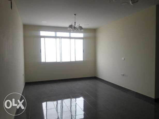 Janabiyah:- 3Bhk Semi Furnished Flat,Inclusive Ewa..