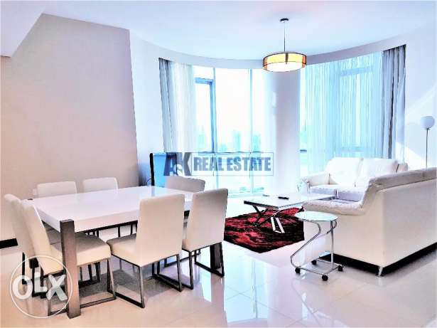 Luxurious Tower, Panoramic City View LARGE 1BR+STUDY