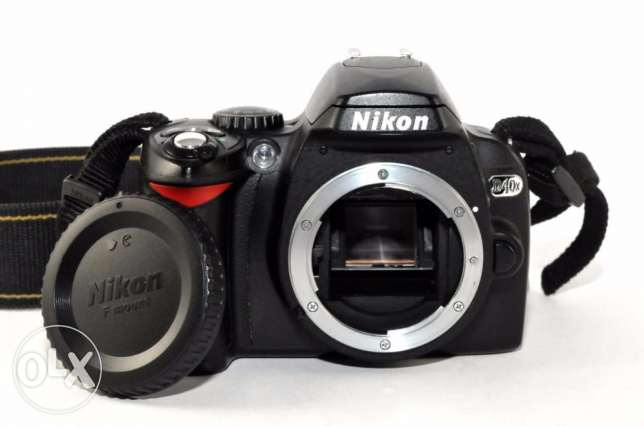 Nikon D40x 10.2 MP DSLR, Wide & Telephoto Lens
