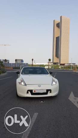 Excellent condition manual transmission 370Z Nego