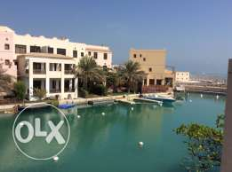 FLOATING CITY Amwaj island one bedroom fully furnished flat
