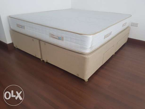 King size mattress and one single bed