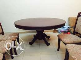 5 seater chair and table in good condition