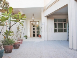 Fully furnished beautiful villa in Busaiteen for Rent