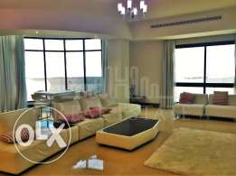 Beautiful 3-Bedroom Penthouse With Sea View.