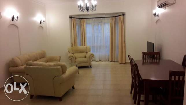 Spacious 3 BR Apartment in Saar