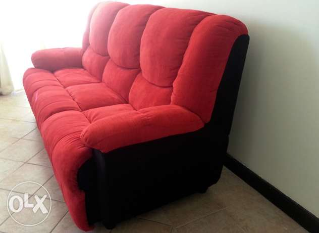 New black and red 3 seaters sofa