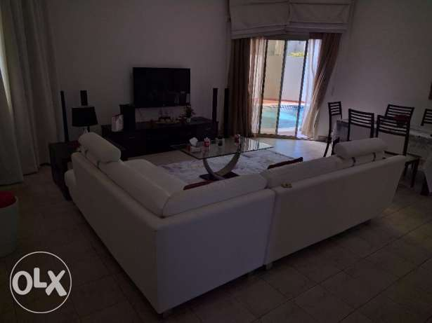 Hidd 2 Bedroom fully furnished villa with private pool - all inclusive