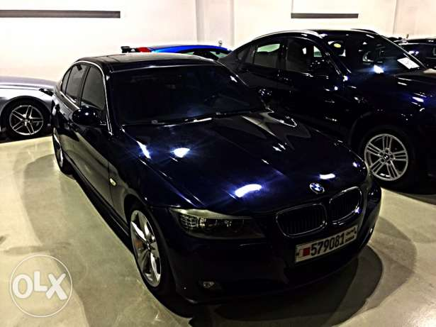 BMW 330i 2010 full option low mileage 6 Cylinders