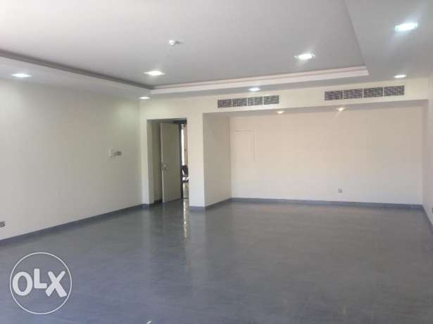 Specious two&three bedrooms office for rent in Zinj