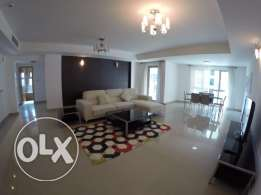 Enviable 2 bedroom apartment in Amwaj island
