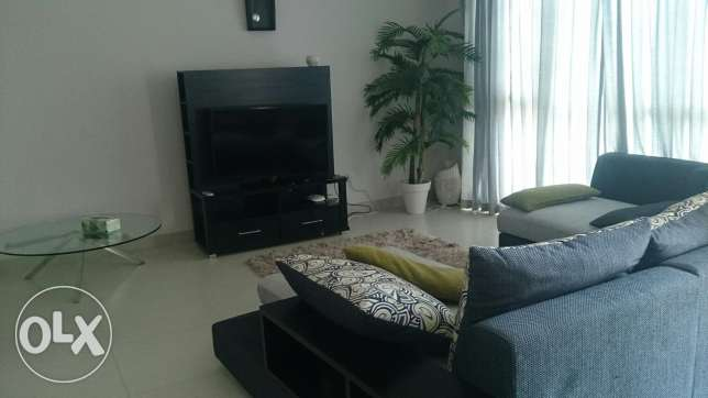 2 bedrooms fully furnished apartment in Amwaj
