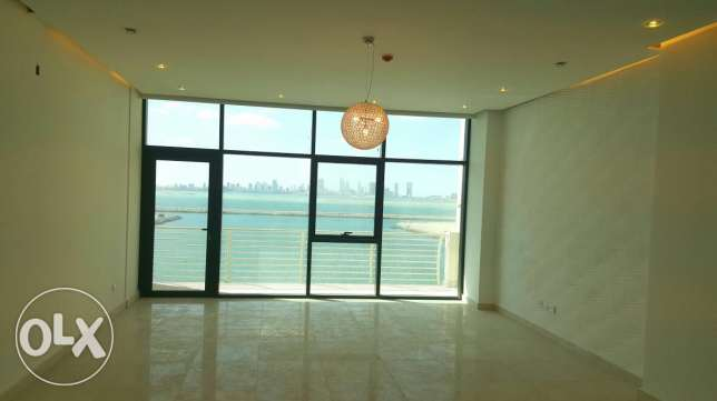 3 bedroom spacious beautiful apartment in new hidd facing sea bd80,000